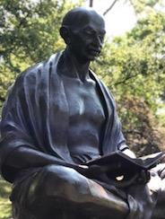 Statue-Gandhi-Genève