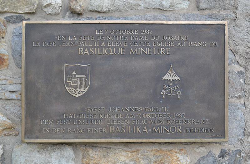 Le Pape Jean-Paul 2 élève l'église au rang de basilique mineure