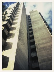 Triemli Tower, façade en béton.