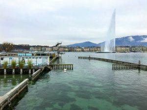 Les Bains des Pâquis, jet d'eau, Genève