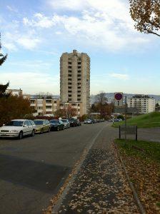 La Triemli Tower, ou la Hochhaus am Triemliplatz à Zurich.