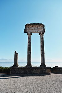 Colonnes romaines Esplanade des Marronniers Nyon