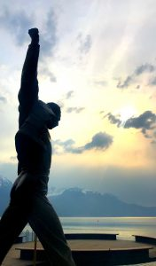 statue freddie mercury memorial montreux suisse queen attraction riviera hommage
