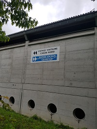 Patinoire-des-Eaux-Minerales-de-Morges-ouverture-toiture-image-gratuite-libre-de-droit